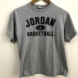 3/$25 Jordan Gray Tee Shirt - Textured graphic L
